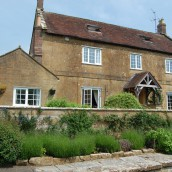 hopes-bed+breakfast-norton-sub-hamdon-house2