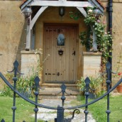 hopes-bed+breakfast-norton-sub-hamdon-door2